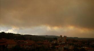 Το χωριό συννεφιασμένο
