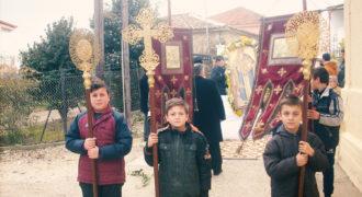 Περιφορά Αγίου-Χαραλάμπους στο χωριό 1