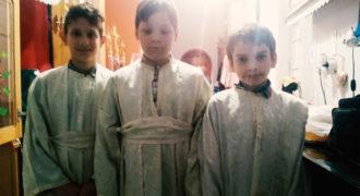Παπαδάκια στον Ι.Ν Αγίων Θεοδώρων